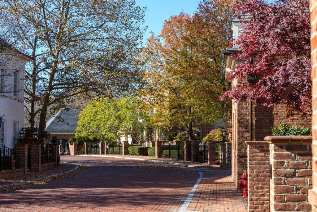 Edge of Woods Neighborhood in New Albany Ohio